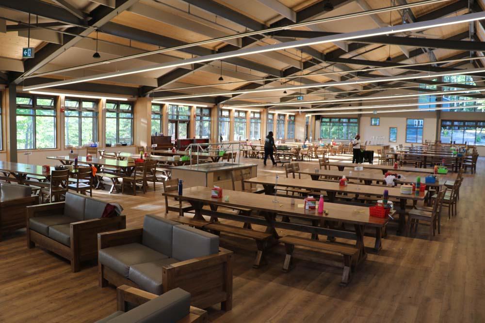 Gatts' Lodge interior - dining hall